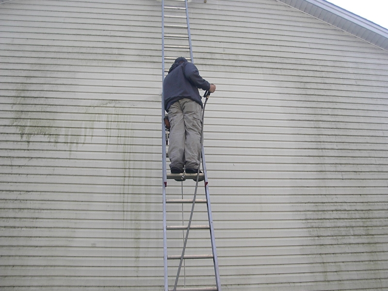 benefits of pressure washing your home