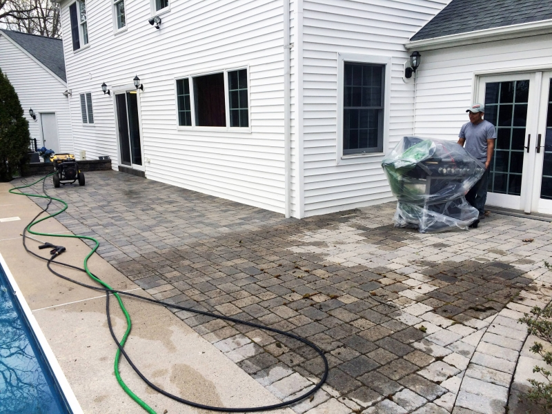 commercial pressure washing business