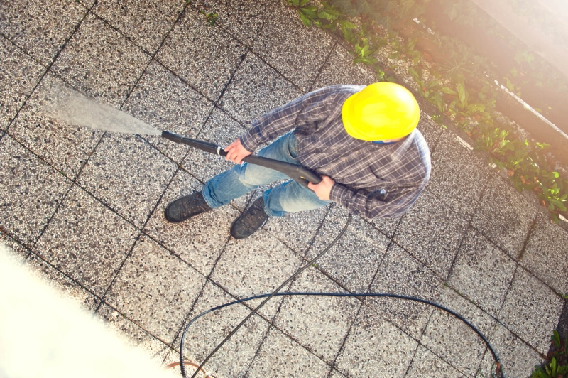 pressure washing roof tiles