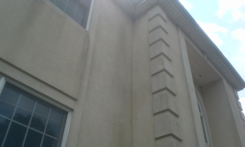 can you pressure wash stucco