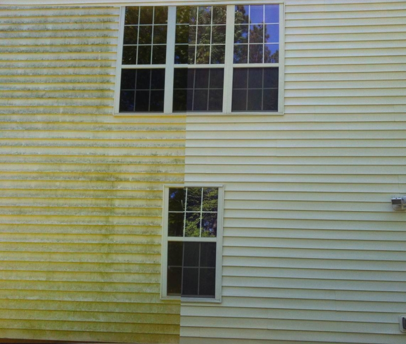 How To Pressure Wash Vinyl Siding In Solana Beach Of San